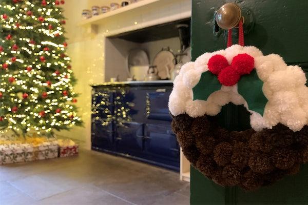 L Inline Christmas Kitchen Greenway